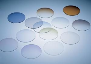 Линзы из пластика